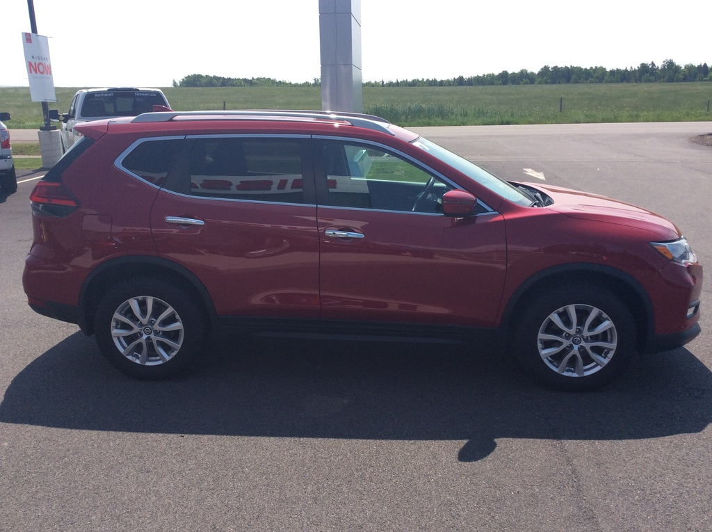 2017 Nissan ROGUE in Amherst, NS | Amherst Nissan