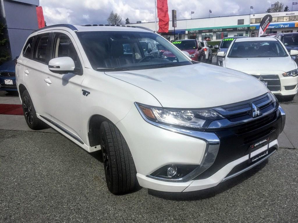 Used cars & trucks for sale in Surrey BC - Wolfe Mitsubishi