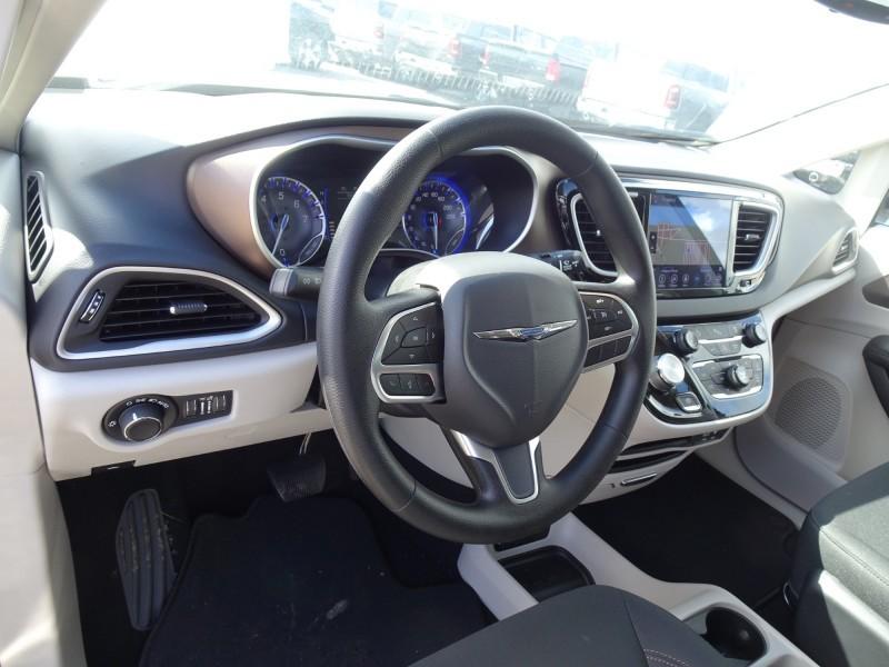 2019 Chrysler Pacifica in Richmond, BC | Richmond Chrysler