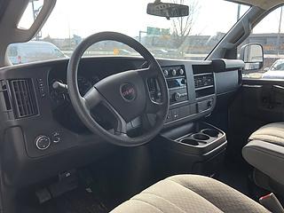 2017 GMC Savana 2500