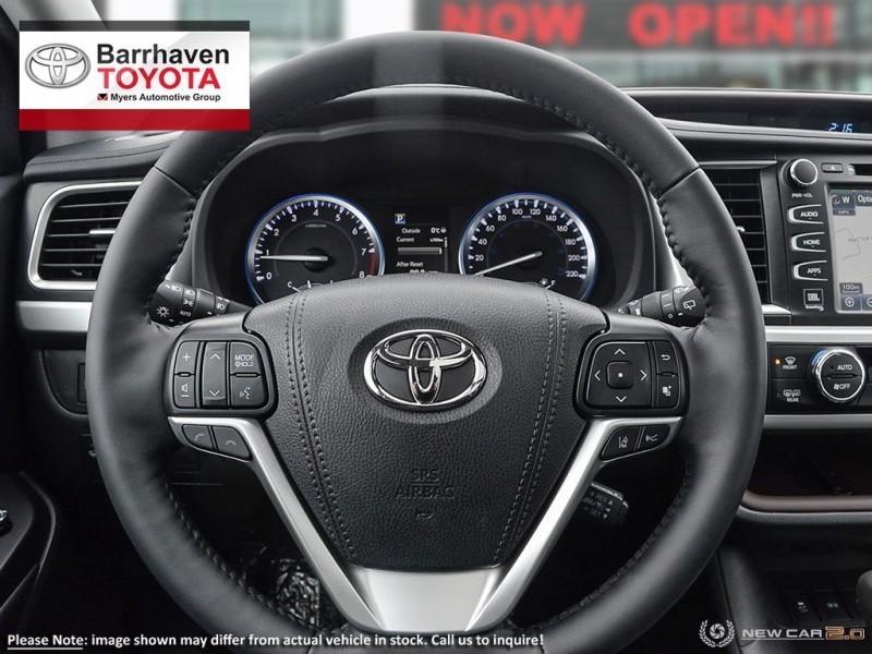 2019 Toyota Highlander in Ottawa, ON | Myers Barrhaven Toyota