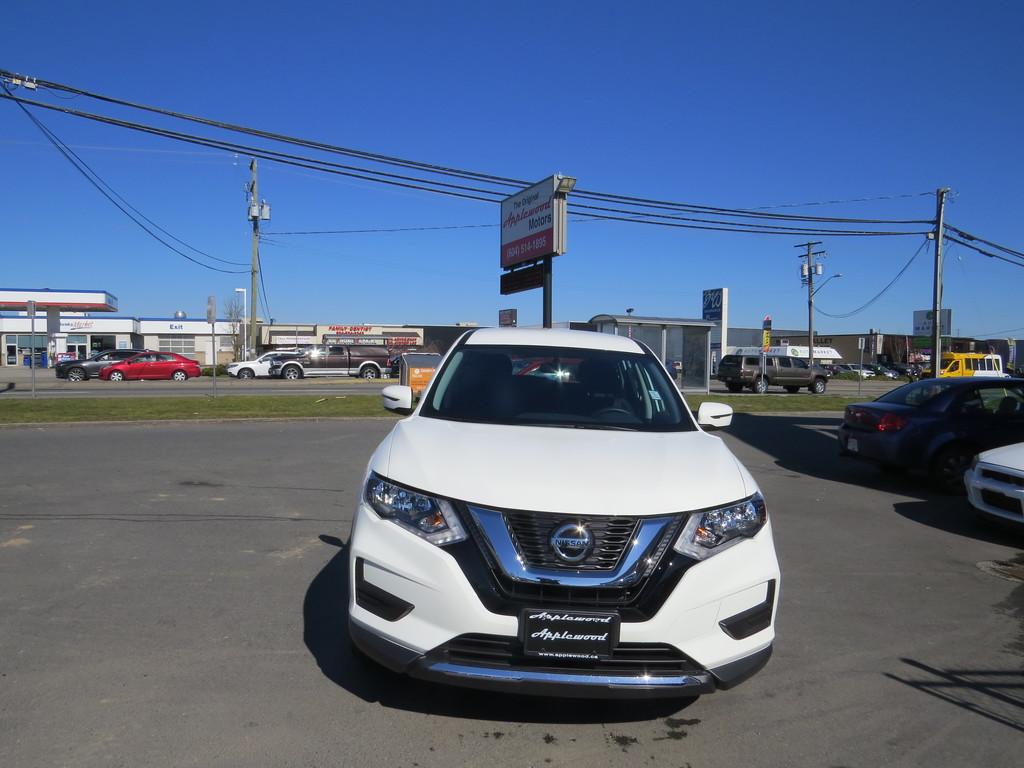 2018 Nissan ROGUE S/SL/SV